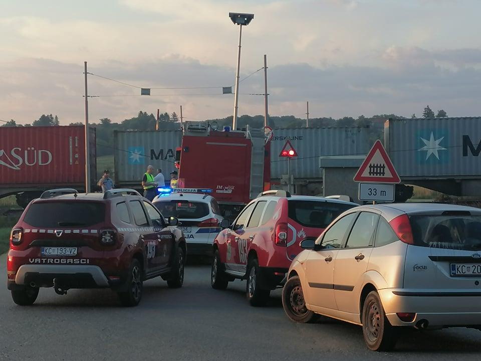 Sudarila se dva vlaka nedaleko Križevaca