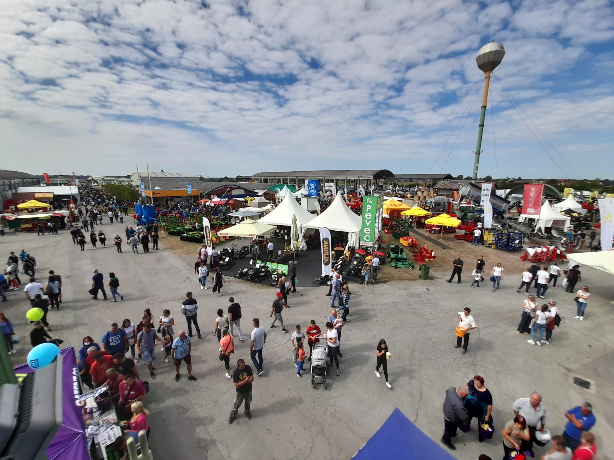 [FOTO] Sjajna nedjelja na 28. jesenskom međunarodnom bjelovarskom sajmu