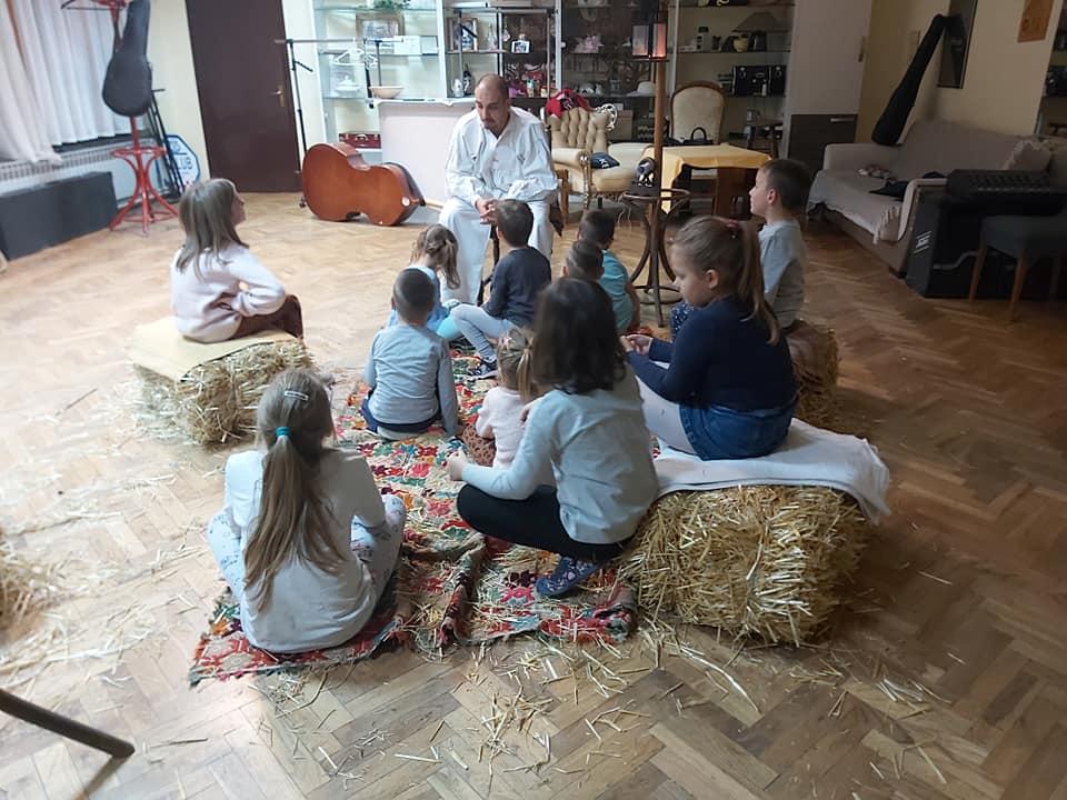 Vratili se Golubići, a uz pjevanje i ples, uče i neke sjajne priče!